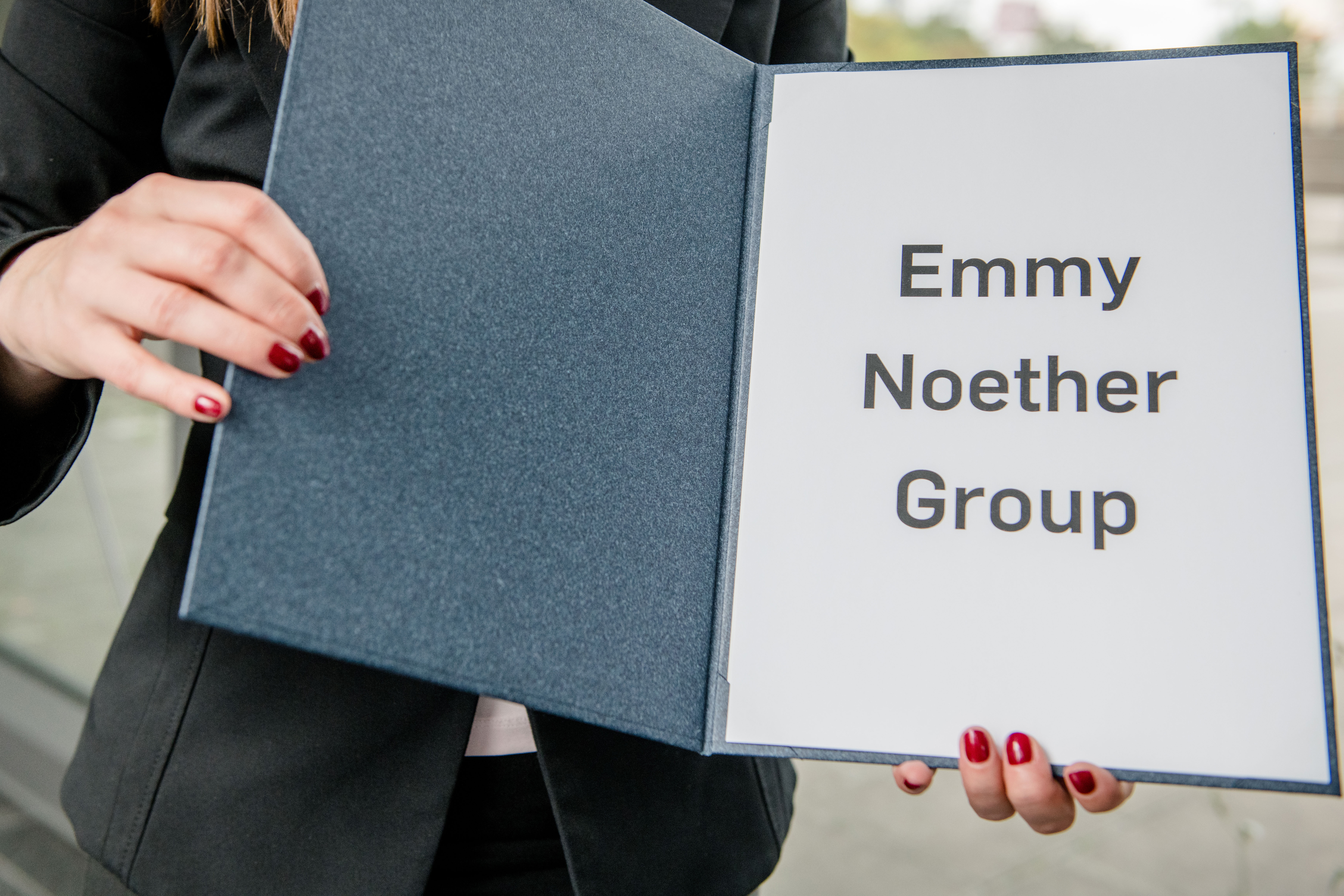 A folder with the inscription Emmy Noether Group