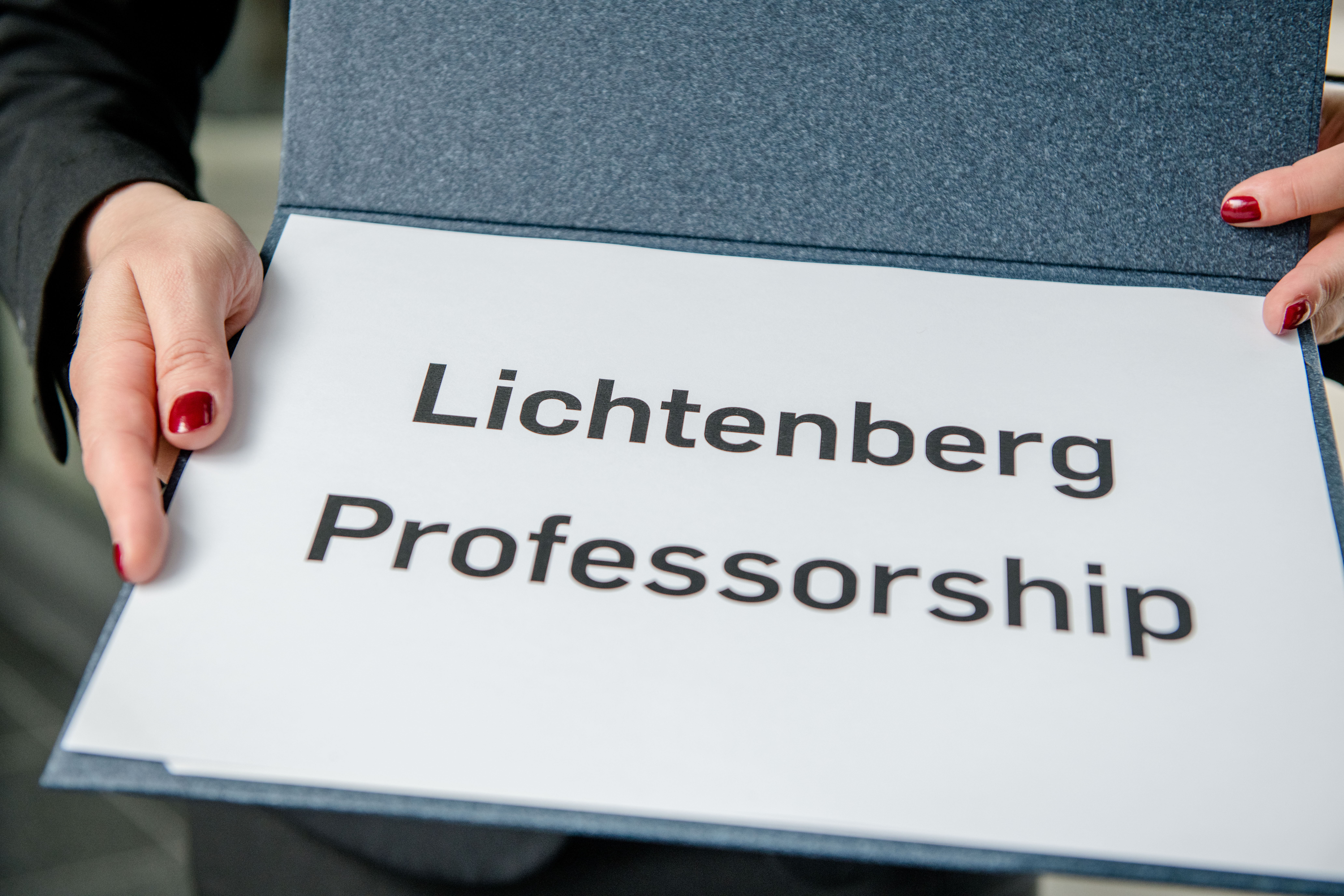 A folder with the inscription Lichtenberg professorship